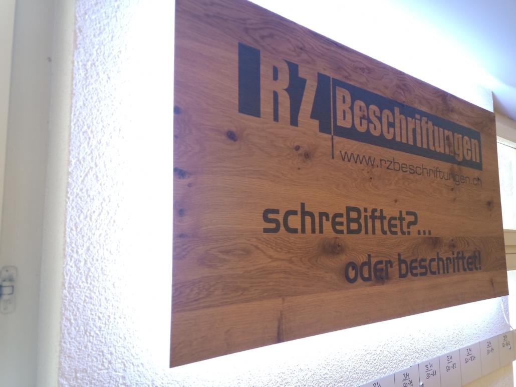 RZB Echtholzfurnier direkt bedruckt + Licht